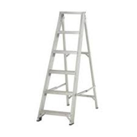 6 TREAD STEP LADDER 4'9""